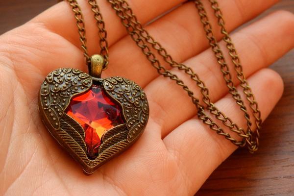 serce z grawerem