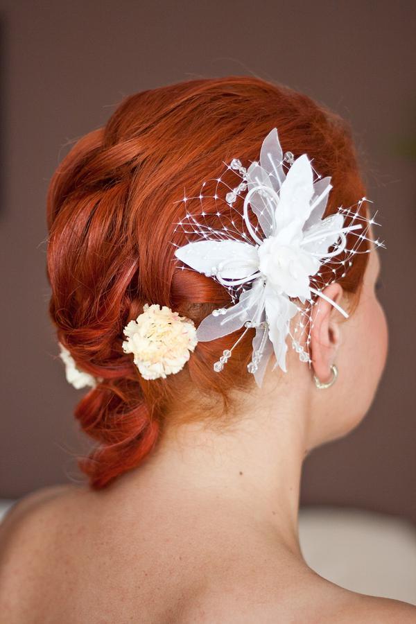 ślubne ozdoby do włosów