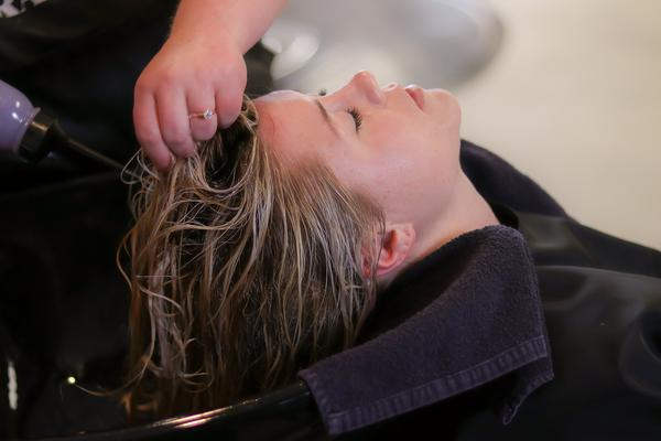 profesjonalne kosmetyki fryzjerskie