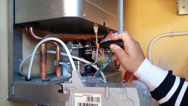 wydajny podgrzewacz elektryczny pojemnościowy
